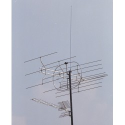 Installed with G17  to provide a secondary signal source